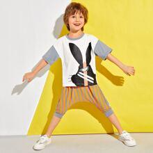 T-Shirt mit Karikatur Grafik & Hose mit vertikalem Streifen
