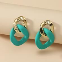 Ohrringe mit Farbblock und geometrischer Bindung